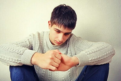 Restore Troubled Teens: Adolescent from Massachusetts sad exploring support from treatment program